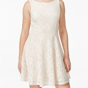 Speechless Lace Fitted Cream Dress Size Small